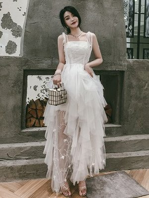 妞妞 婚紗禮服~外拍白色婚紗細肩帶抹胸...