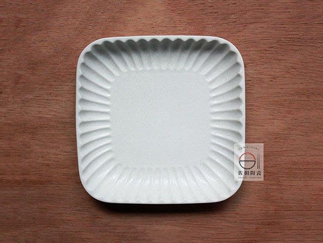 +佐和陶瓷餐具批發+【XL070933-4B 白刻十草6吋角皿-日本製】日本製 角皿 蛋糕盤 造型皿 分享盤 點心盤