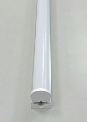 [ 綠能光世代LED ] T5 2呎 LED燈管 白光 6000K / 黃光 3000K 【保固一年】