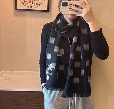 Alina 精品代購Burberry 巴寶莉 英倫都會時尚 輕便優雅羊毛保暖圍巾 披肩 顏色3 outlet代購