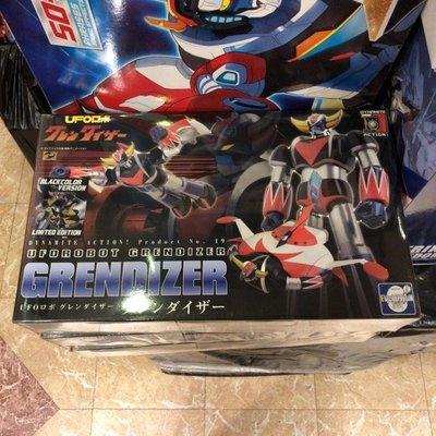 [放得高搵鬍鬚] Evolution Toy Dynamite Action 19 Grendizer 巨靈神 Black Color Version