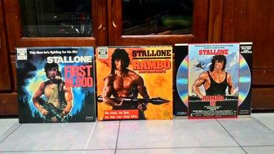 花羨好物~第一滴血1.2.3集1985~1988發行LD影碟3片一標/封套31.5X31.5適擺飾/封套紙及靜電紙以換新