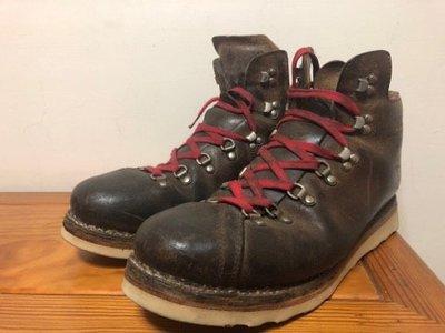 Irregular 古董重製登山靴 us12 購於台北thurs