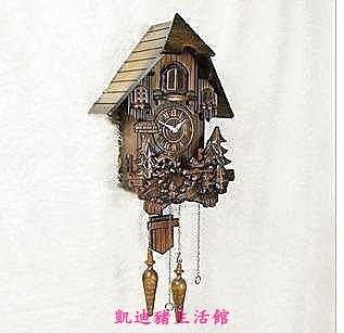 【凱迪豬生活館】感光智能報時實木手工雕刻布穀鳥靜音掛鐘小房子咕咕鐘鬧鐘定時鐘KTZ-201014