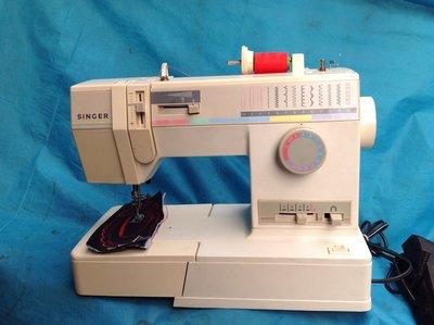 家庭用縫紉機二手勝家SINGER 9110型 拼布 、學生、家用兩皆宜~