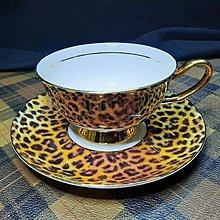 【藏家釋出】早期收藏 ◎ 骨瓷 -102《高級骨瓷咖啡杯與盤子.◎ 全新品,是藏家朋友幾年前開店的庫存新品....