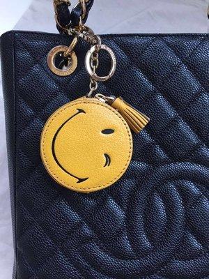 【海洋之心二館】ANYA HINDMARCH 檸檬黃真皮笑臉零錢包/鑰匙扣
