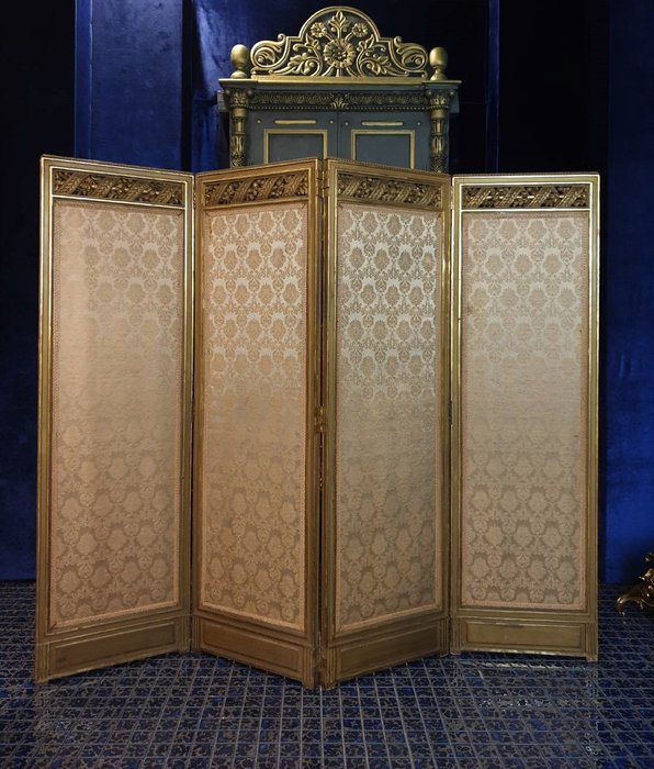 ⚜️皇家之門 . 歐洲古董 ⚜️1900s 法國 手工 立體 刷金 玫瑰 流蘇 木雕 古典  屏風 歐洲老件 ✬