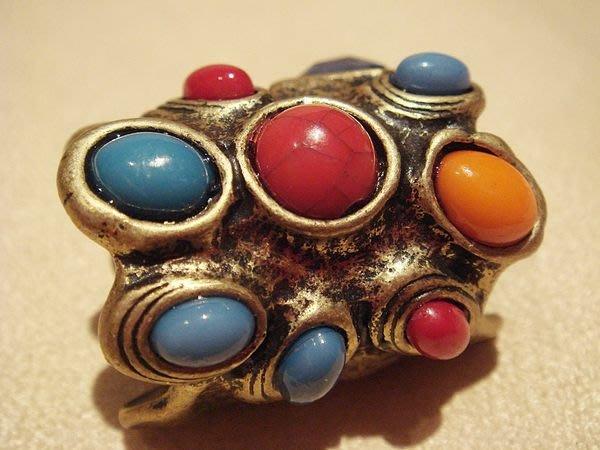 全新國外帶回,古金多色寶石造形戒指,低價起標無底價!本商品免運費!