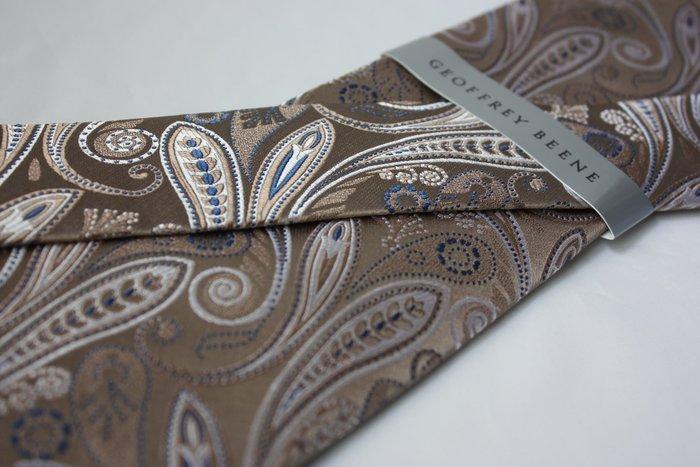 【GEOFFREY BEENE】全新正品 千葉草紋領帶-土黃色系【寬版8cm】*領帶兩條95折三條9折*GB65