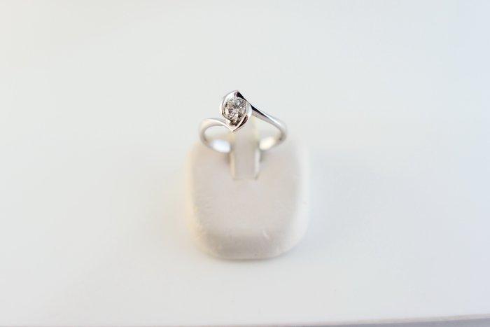 [吉宏精品交流中心]32分 天然鑽石 GIA E/VS1 3EX 八心八箭 白K金 造型 戒指
