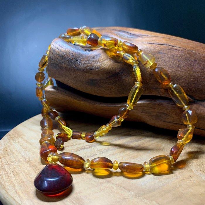 緬甸天然琥珀 原礦研磨 蜜糖色 項鍊珠串