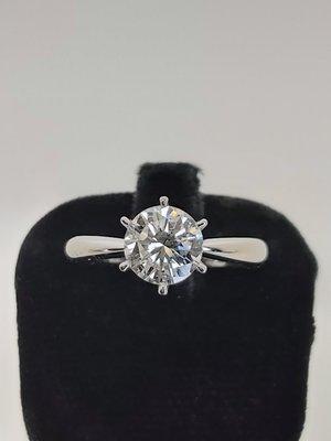 【益成當舖】流當品 白K1.28克拉鑽石戒 特價結緣 買到賺到  附鑑定證書