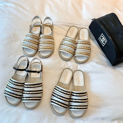 ✤寵愛Pamper for you✤CHANEL 經典配色鏈條麻繩底拖涼鞋