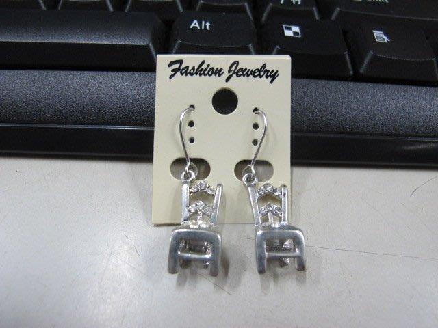 二手舖 NO.4494 時尚造型耳環 耳針 耳鉤 便宜賣 首飾飾品
