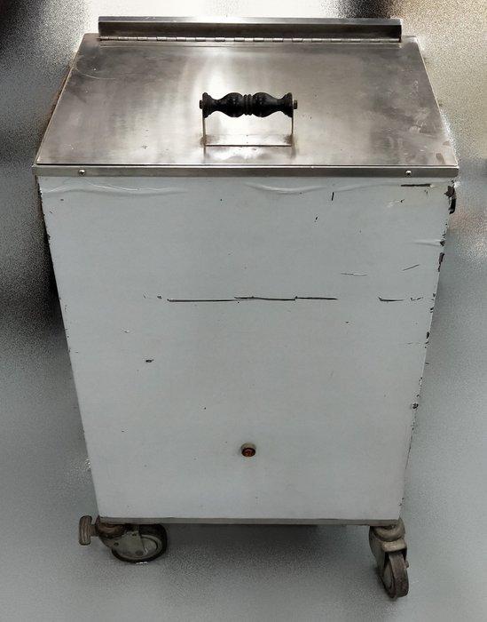 宏品二手家具 家電 台中市全新中古傢俱買賣 K81213*碗盤殺菌機*中古電器買賣 2手大金冷氣 冰箱 液晶電視洗衣機