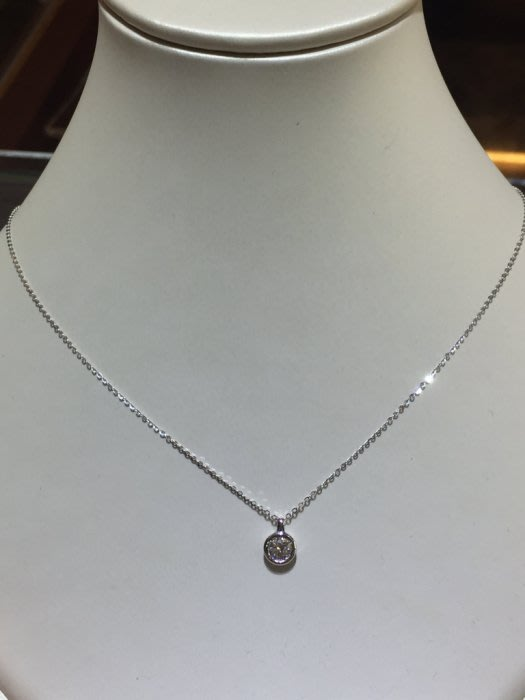 37分天然鑽石項鍊,放大50分款式設計,超值優惠商品26800,經典耐看款式不退流行,加送14K金鍊
