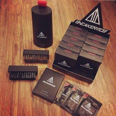 ☆AirRoom☆【現貨】Sneaker Mob Cleaning Kit 一組 附刷子 + 馬毛刷 + 濕紙巾 免運
