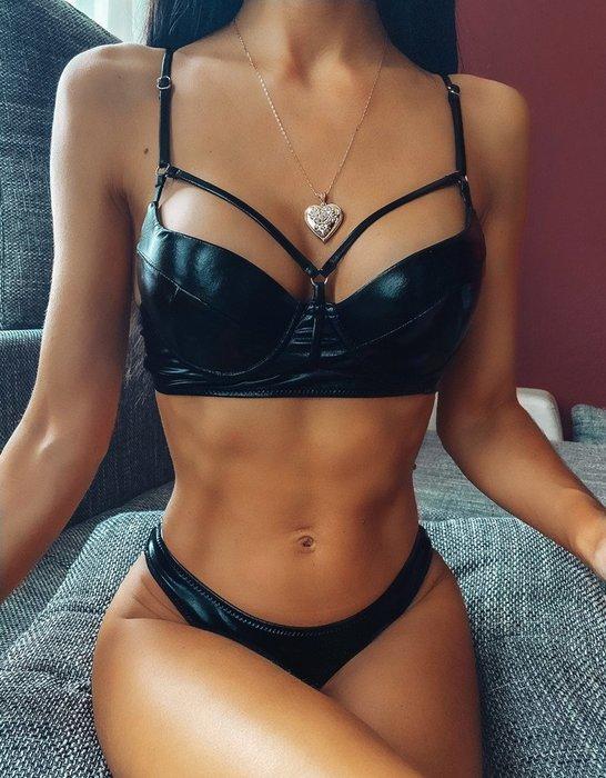 Qmi 歐美外貿鋼托硬包性感PU皮比基尼三角分體泳衣bikini