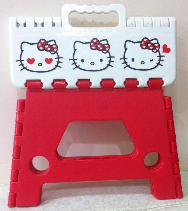 《東京家族》紅 Kitty 攜帶式 兒童折疊椅