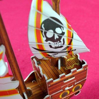 佳廷家庭 親子DIY紙模型3D立體拼圖贈品獎勵品專賣店 船舶軍艦遊艇 袋裝海盜船1紅 Calebou卡樂保