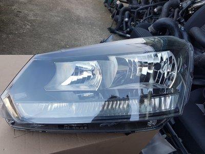 VW/SKODA YETI/OCTAVIA/FABIA/GOLF/TOURAN 大燈