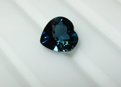 【Texture & Nobleness 低調與奢華】天然寶石 倫敦藍托帕石 1.5克拉