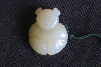 諸羅山人~~~~**(極美品)***清朝羊脂白籽玉雕帽正福童子重9.5公克,羊脂白籽玉