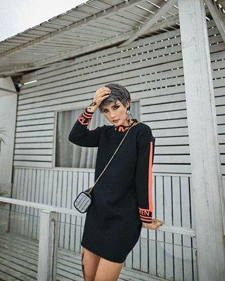 《免運》黑色/墨綠色 兩款 百搭大碼學院風 寬鬆針織套頭 毛衣長T恤 T恤裙 317 Baonizi 寶妮子