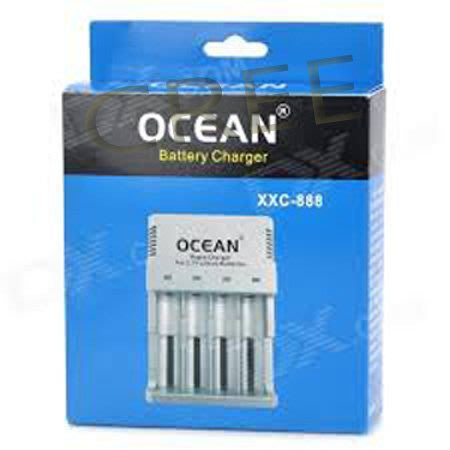 新款到貨一次可充1-4顆 獨立四迴路四槽四燈顯示自停充電器18650/16340/10400/等 電池都可通用