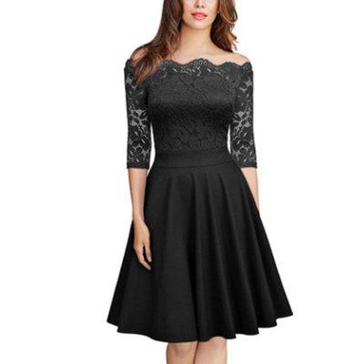 306095 黑色 (三色入內) 韓版新款-高端氣質 性感蕾絲一字領中袖修腰荷葉邊下擺洋裝裙/連衣裙