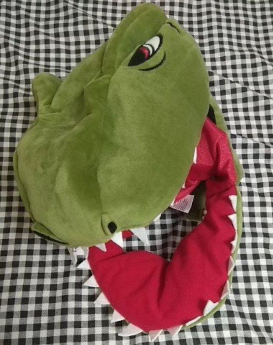 二手保存良好大阪環球影城侏儸紀公園恐龍保暖絨毛造型帽600含郵下標就賣