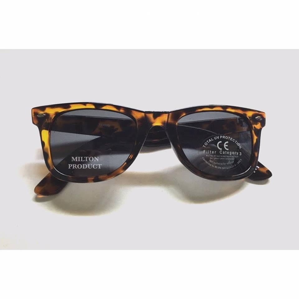 Milton 英國空運 太陽眼鏡 戴帽色 方框 中性款 *CK RAY BAN UV(現貨x1