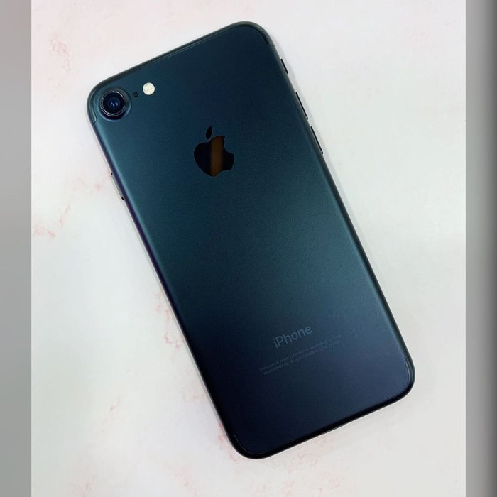iPhone 7 128G黑色