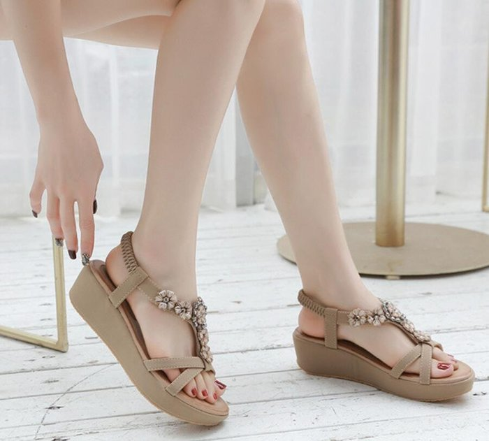 35-42大尺碼軟底串珠花朵坡跟楔型涼鞋 松糕厚底孕婦女鞋40羅馬鞋41~妖精館