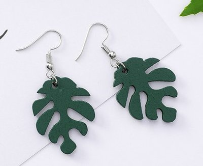 100%Boutique時尚綠色森林系葉子造型耳環
