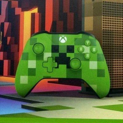 Microsoft Xbox One S Minecraft 特別版手把