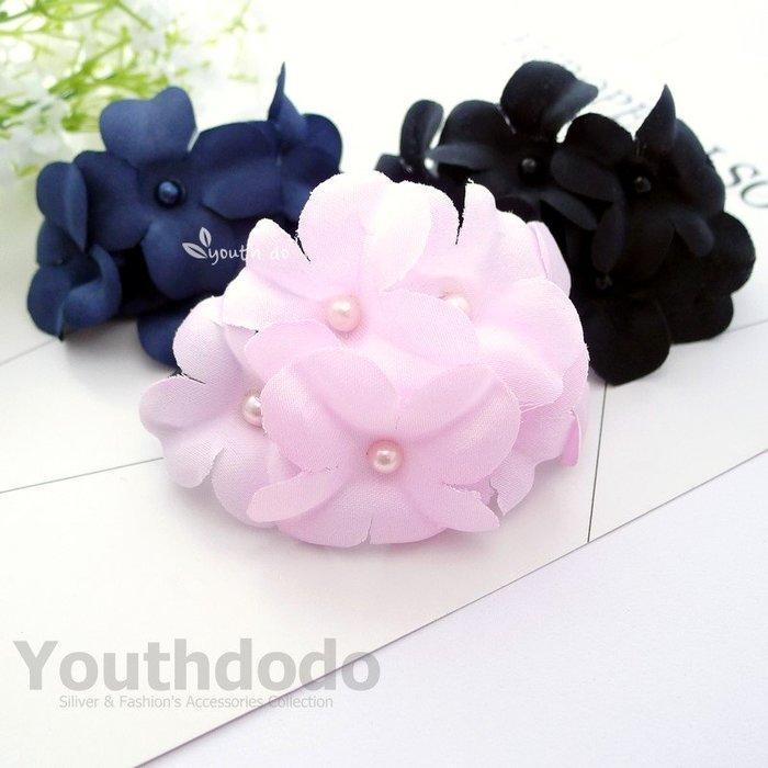 手工髮飾。韓版珍珠花朵朵開馬尾夾髮夾共三色(SMP-2701)~*╮柚子多多╭*