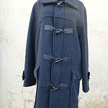 jacob00765100 ~ B牌款 鐵灰色 牛角扣 羊毛長大衣/外套 size: XL