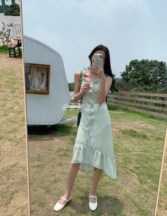 發發潮流服飾APM 正韓時尚法式仙女吊帶連身裙單排扣氣質花邊魚尾長裙