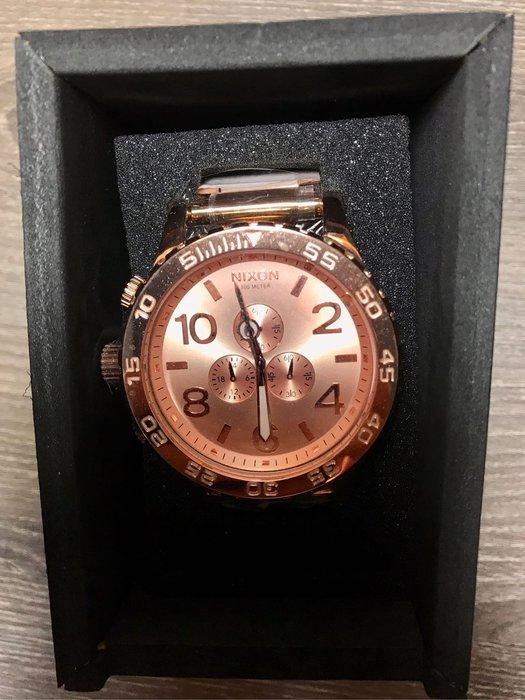 NIXON 尼克松  52玫瑰金大錶