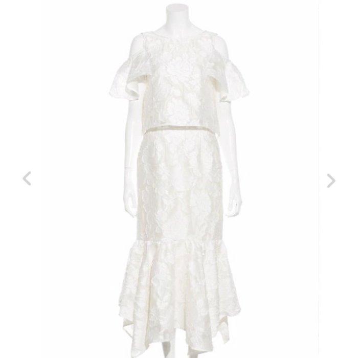 全新Lily brown白色硬挺蕾絲長裙