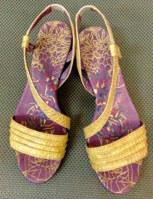 原價4600元  麥坎納 macanna 天然皮革 涼鞋