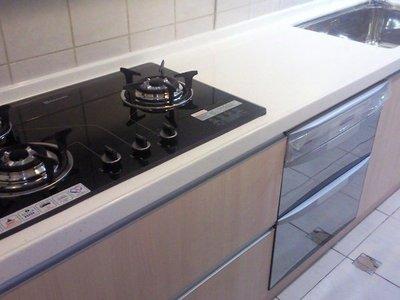 歐雅系統廚具 系統家具  系統櫃 整套白楓木廚具,LG人造石,+三機總價90000元
