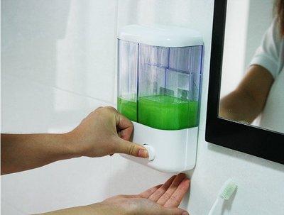 擠壓給皂器 手動 吸壁式 壁掛式 皂液器 洗手乳 洗髮乳 沐浴乳 浴室 廚房