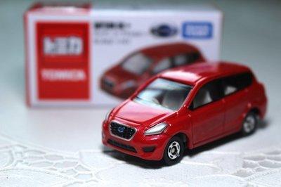 日本TOMY小汽車*AS特別版 DATSUN GO+ (紅)