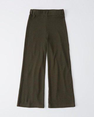 Maple麋鹿小舖 Abercrombie&Fitch * AF 深綠色休閒長寬褲 * ( 現貨S號 )