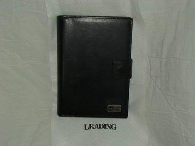 【李歐的二手皮件】9成5新LADY FASHION LEADING 黑色牛皮 大本六孔用手冊下標就賣