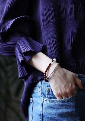印度小葉紫檀原創珠藝 / 花恙   花開嫵媚,花謝無傷.  印度小葉紫檀 6mm+銀飾
