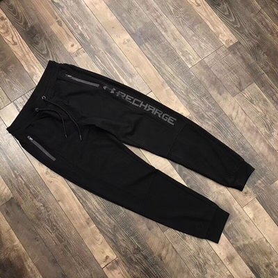 Underarmour 棉褲收口褲 顏色 黑色 尺碼L-4xl